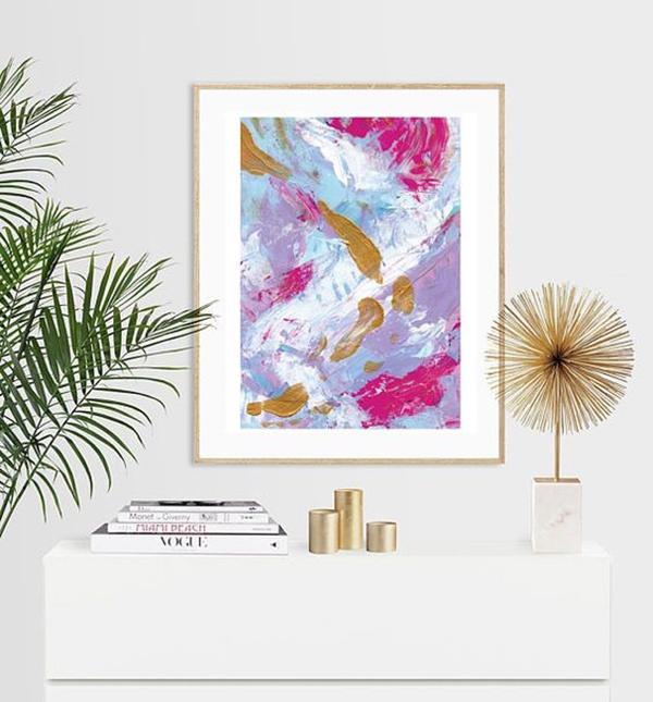svetlaya-abstraktsiya-akvarel-v-ramke-dlya-kartin